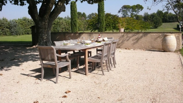 villas and apartments abroad france provence aix aix en provence bastide. Black Bedroom Furniture Sets. Home Design Ideas